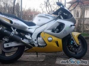2000 Yamaha Yzf