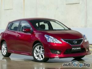 Nissan отбеляза първата доставка на Pulsar в Барселона с Андрес Иниеста