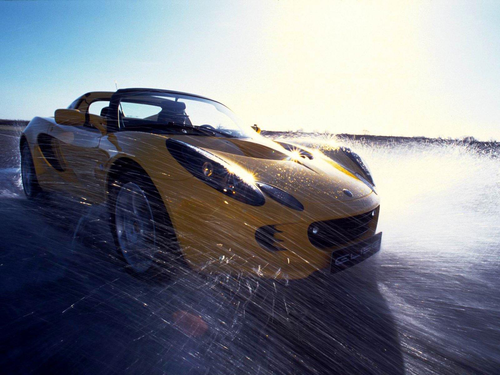 Тапет за Lotus
