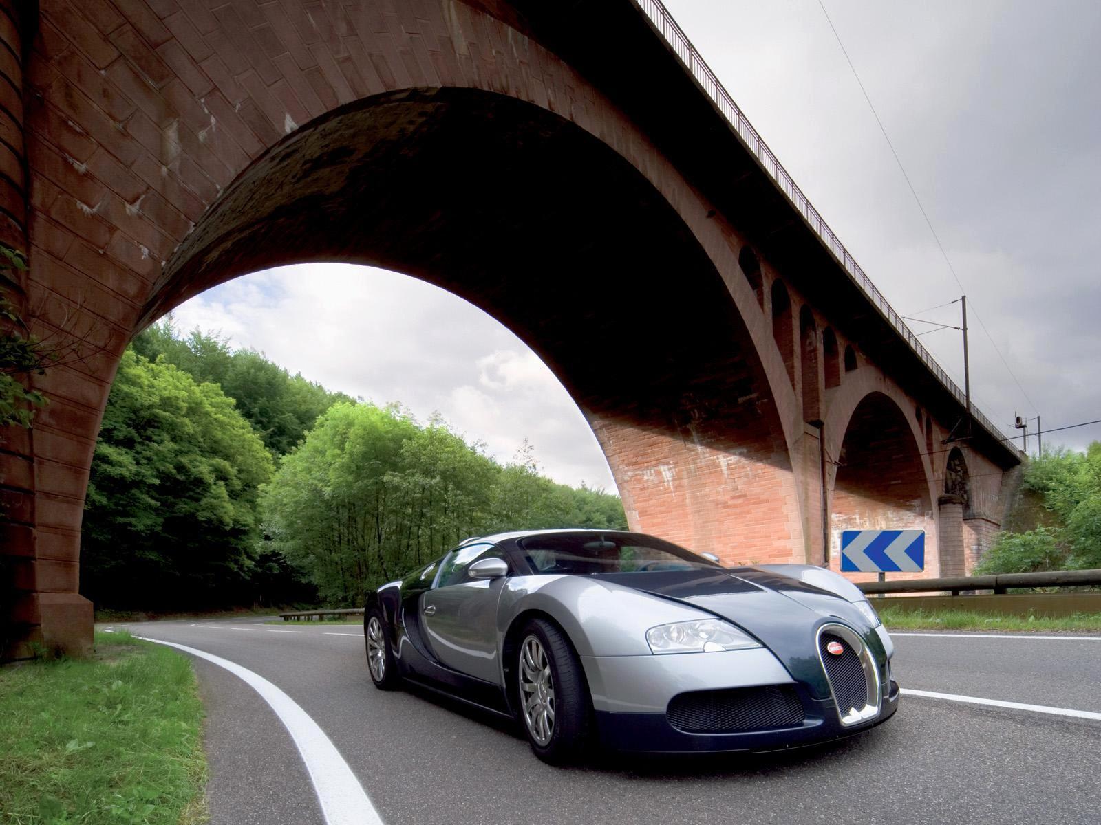 Тапет за Bugatti