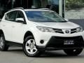Продавам 2013 Toyota RAV4, Автомобил