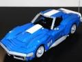Corvette от 1969 пресъздаден с части от Lego